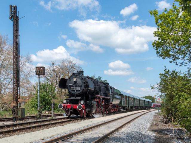 Dampfbespannte Züge 2021